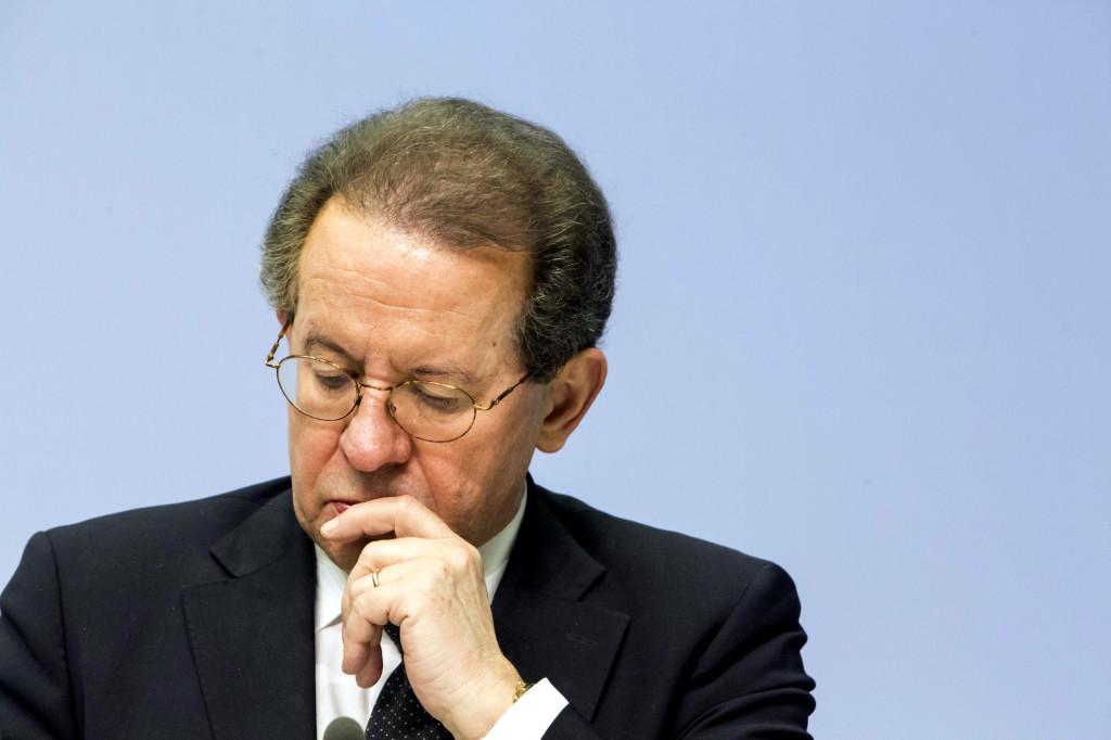 Vítor Constâncio, vice-presidente do BCE, a 4 de Dezembro. Crédito: Martin Leissl, Bloomberg