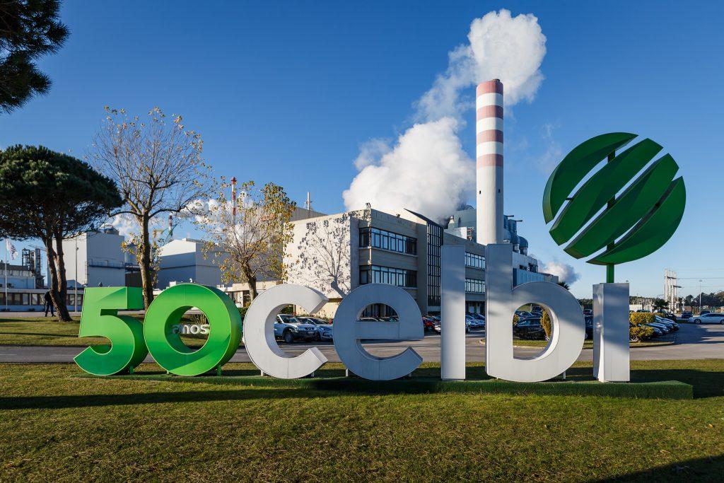 A empresa homenageou e celebrou o trabalho e a dedicação dos primeiros trabalhadores, que permitiram consolidar a fábrica da Leirosa como a maior fábrica de pasta de papel da Europa.