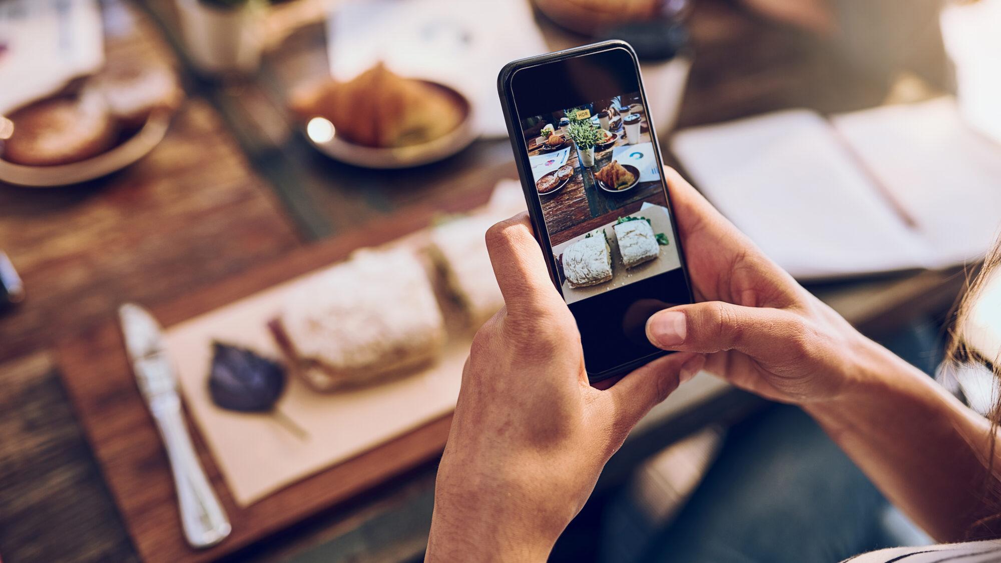 Vidas digitais: os ecrãs tomaram conta dos dias e isso tem consequências na visão