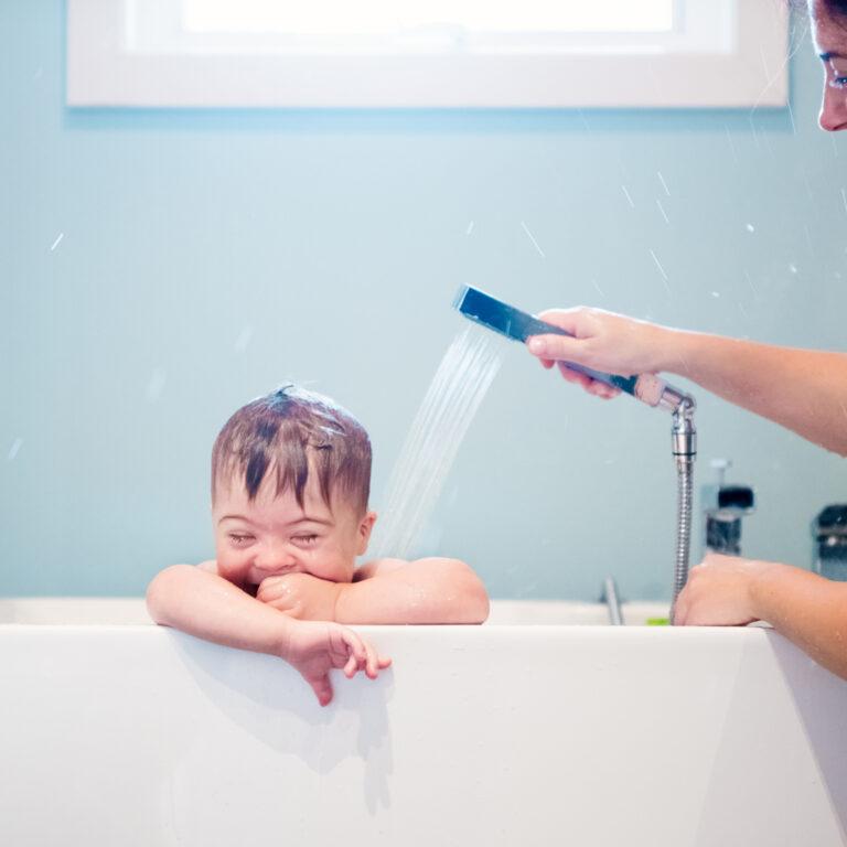 Não descure a higiene ocular da família