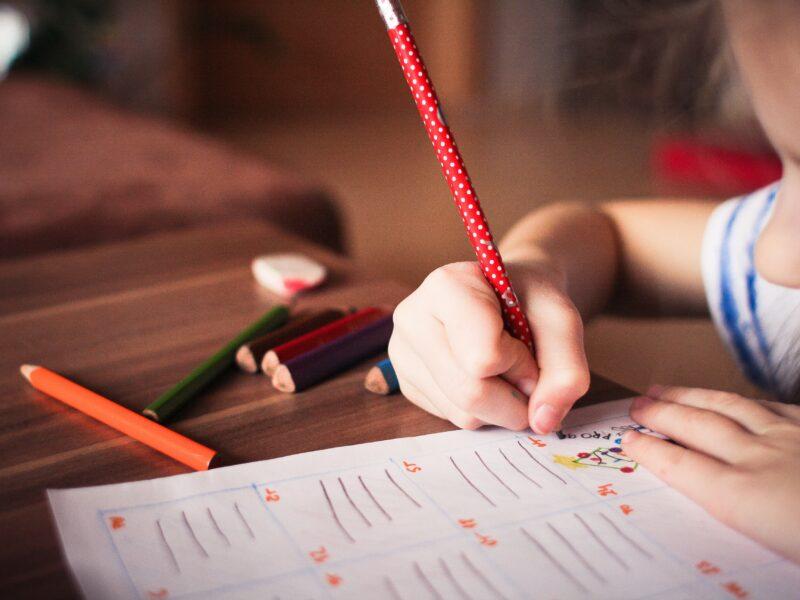 Manter as rotinas da escola em casa | #fiqueemcasa