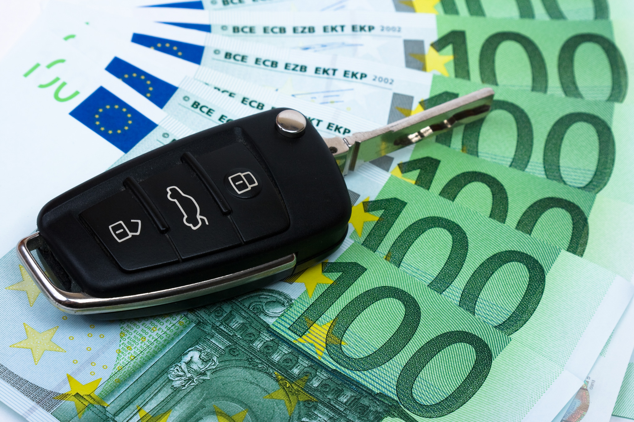 Como poupar dinheiro ao comprar carro novo