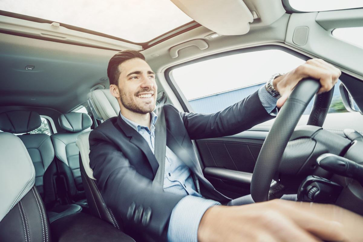 Hábitos a evitar para preservar a vida do seu carro