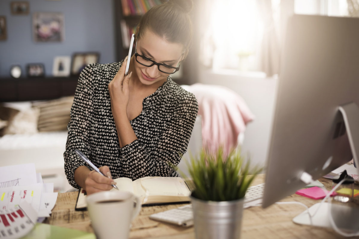 Trabalhar a partir de casa: prós e contras a ponderar