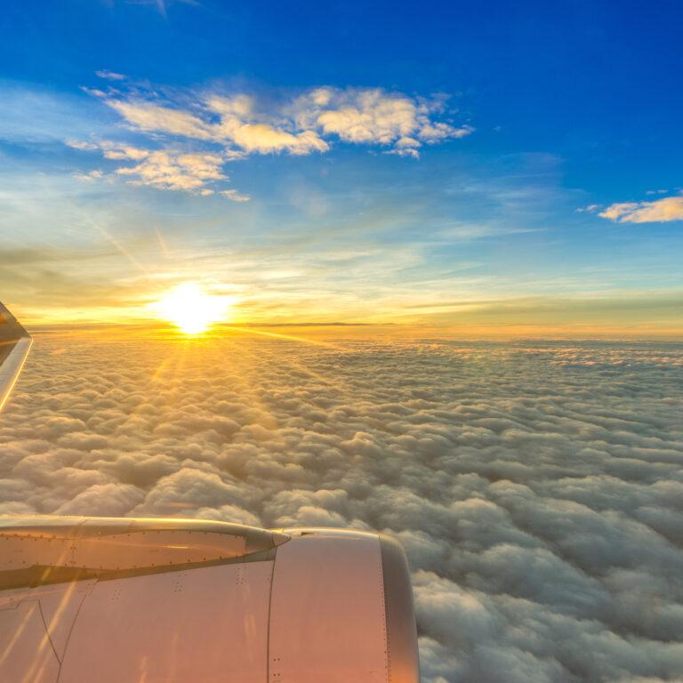 Sete aspetos a ter em conta ao comprar passagens aéreas online