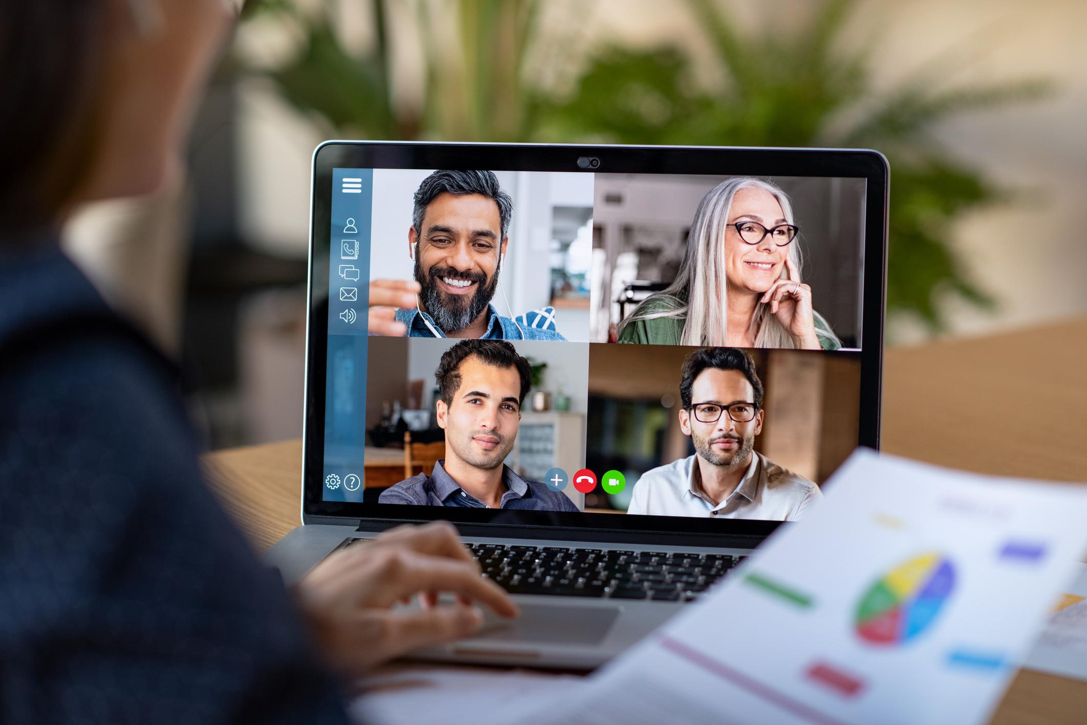 Reuniões em videoconferência: regras de etiqueta