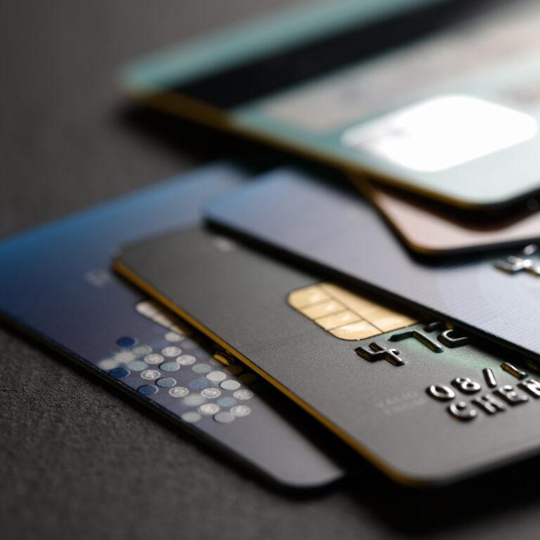 Pagamentos seguros das compras online com cartão de crédito