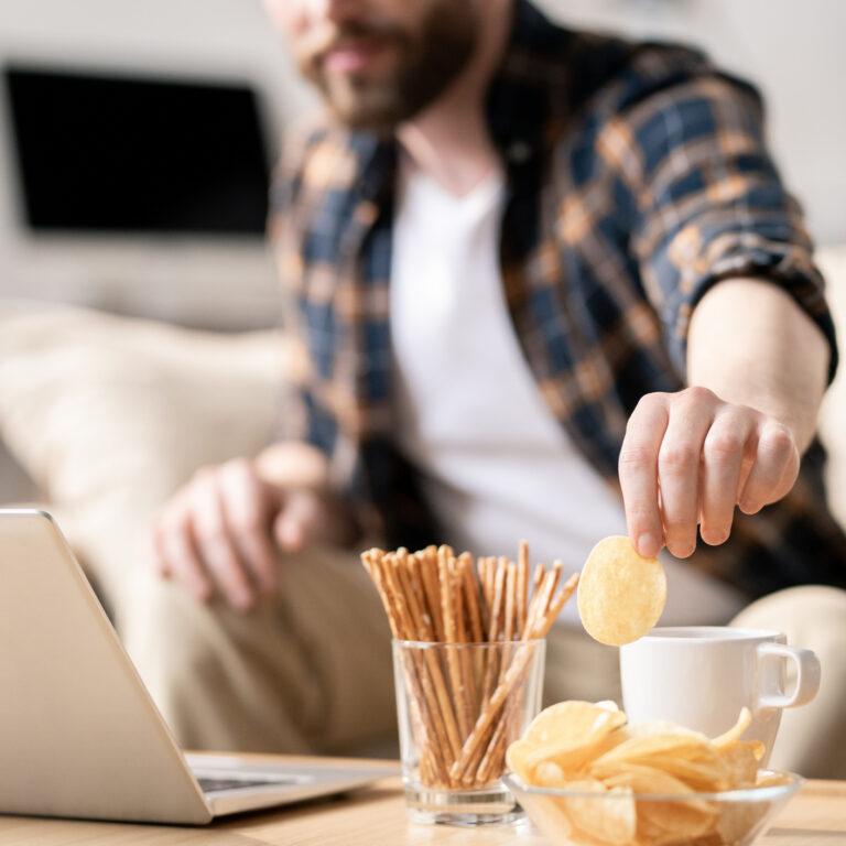 Como evitar ganhar peso no teletrabalho