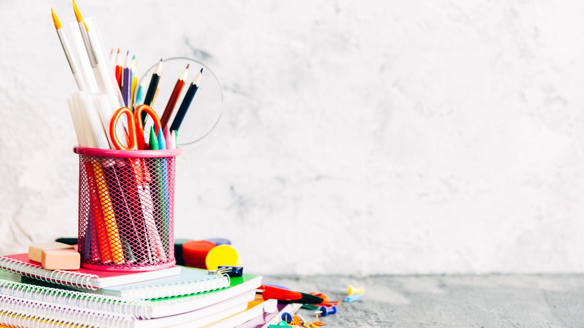 Como poupar no regresso às aulas